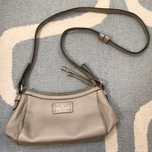 Gray Leather Kate Spade shoulder bag ♠️